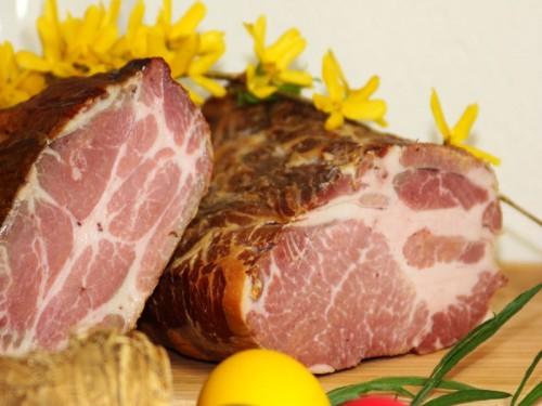 Symbolfoto für Oster-Schopf geselcht gekocht, halb