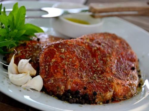 Symbolfoto für Schopf-Steak mariniert