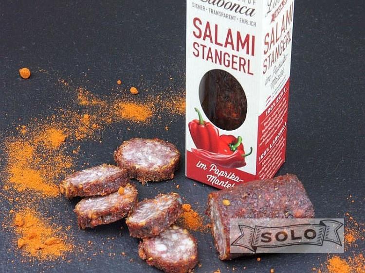 Symbolfoto für Salamistangerl mit Paprika
