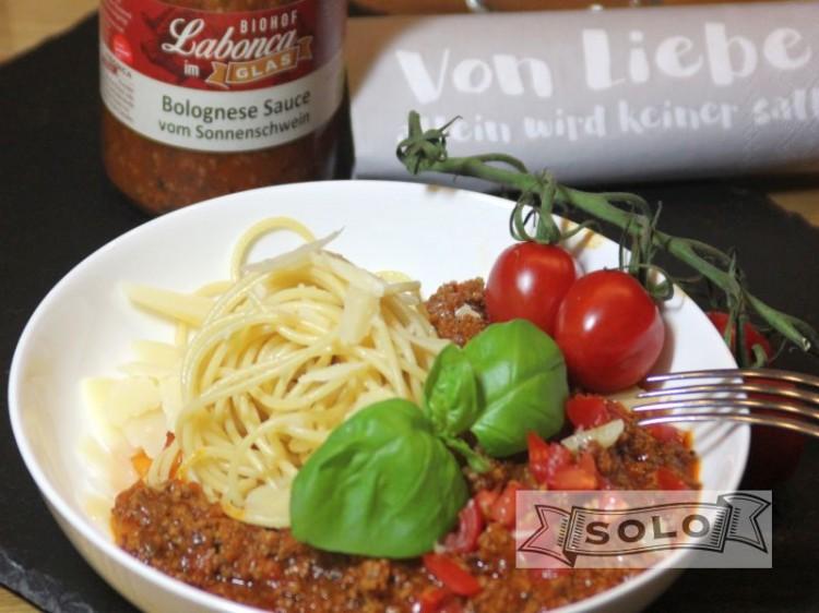 Symbolfoto für Sauce Bolognese vom Sonnenschwein im Glas